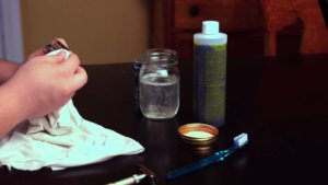 safety razor cleaning